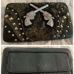 Handbags - Nwt double pistol wallet